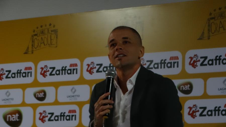 """D""""Alessandro em lançamento de evento Lance de Craque, que promove em Porto Alegre - Marinho Saldanha/UOL"""