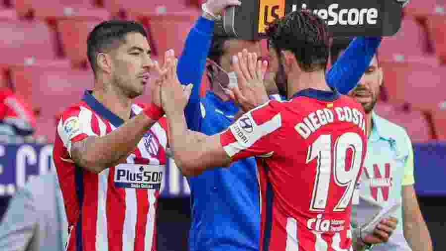 Diego Costa dá lugar a Suárez, do Atlético de Madri - David S. Bustamante/Soccrates/Getty Images)