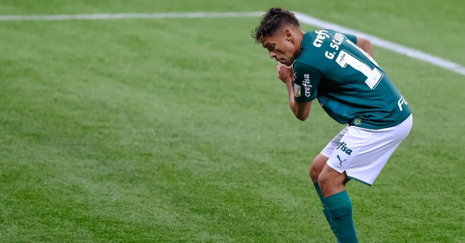 Gustavo Scarpa comemora gol contra o Bahia, pela 7ª rodada do Brasileirão