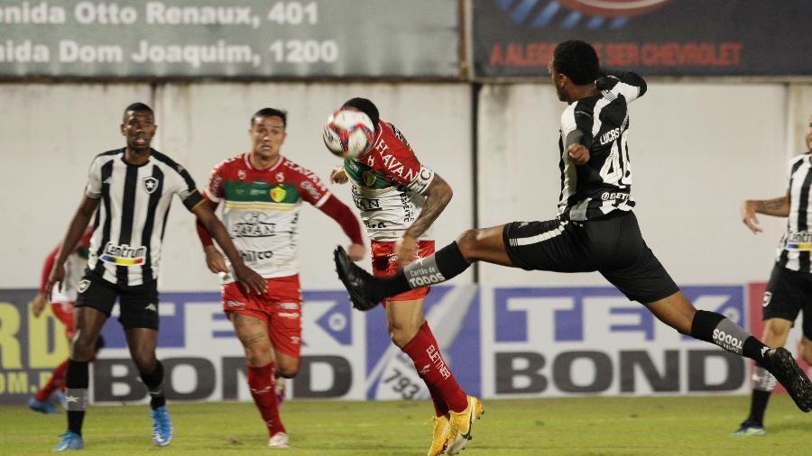 Brusque x Botafogo, pela Série B do Brasileiro 2021 - LUCAS GABRIEL/FUTURA PRESS/FUTURA PRESS/ESTADÃO CONTEÚDO