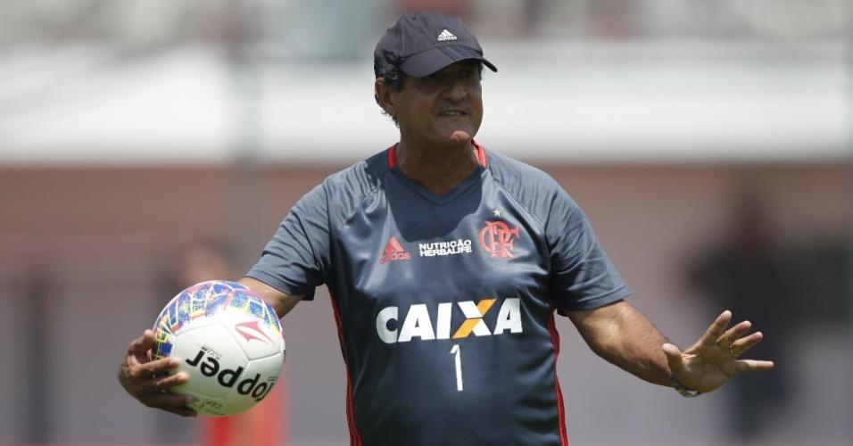 Muricy Ramalho comanda treinamento do Flamengo: fase light na Gávea