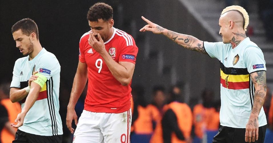 Nainggolan comemora após marcar para a Bélgica