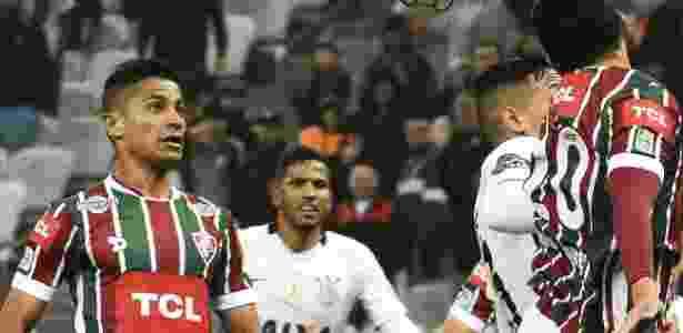 Fluminense estampou marca de empres chinesa diante do Corinthians e quer parceria para 2017 - MAILSON SANTANA/FLUMINENSE FC.