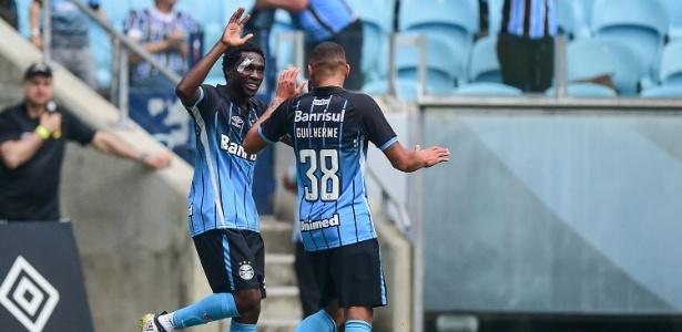 Negueba jogou apenas entre os reservas neste fim de ano e pode deixar o Grêmio