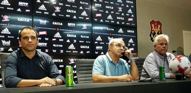 Rodrigo Caetano, Eduardo Bandeira de Mello e Flávio Godinho concedem entrevista