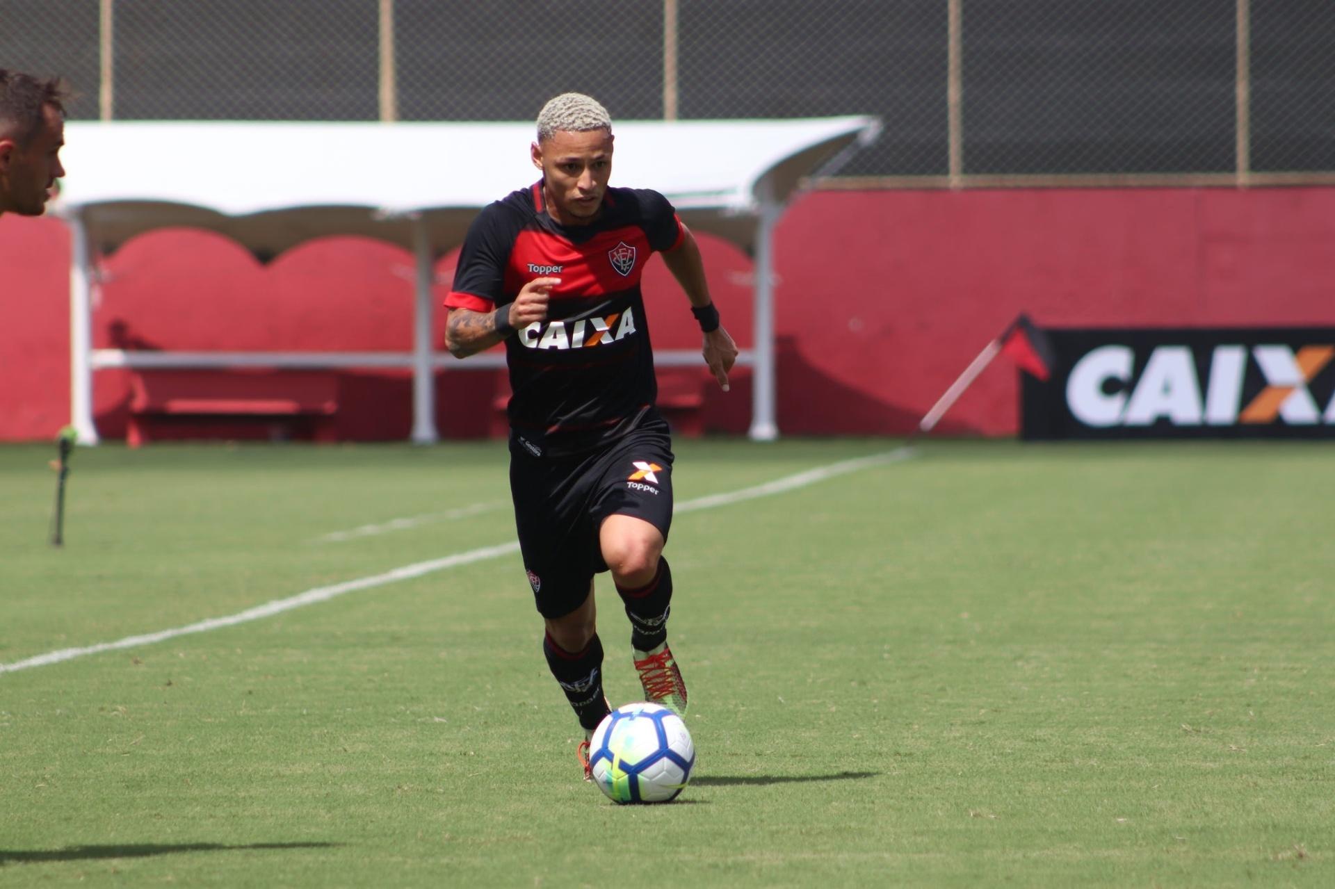 7caf501198 Vitória aceita negociar Neilton com Inter e aguarda contato oficial -  12 12 2018 - UOL Esporte