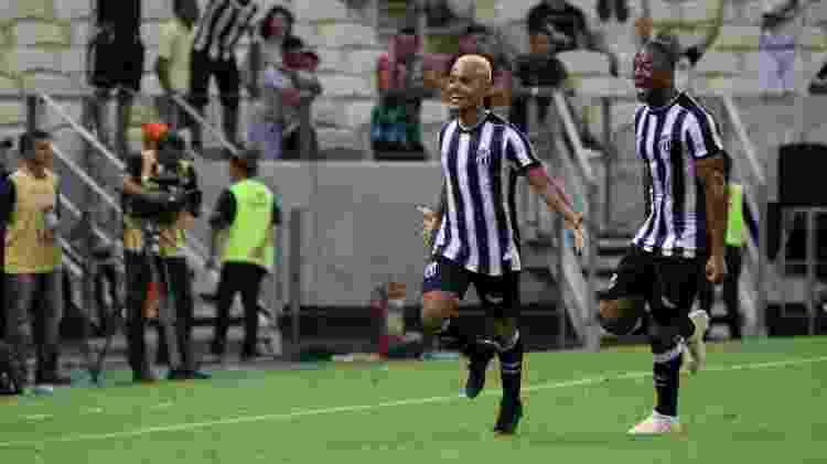Matheus Gonçalves comemora gol marcado pelo Ceará sobre o Palmeiras - Pedro Chaves/AGIF - Pedro Chaves/AGIF