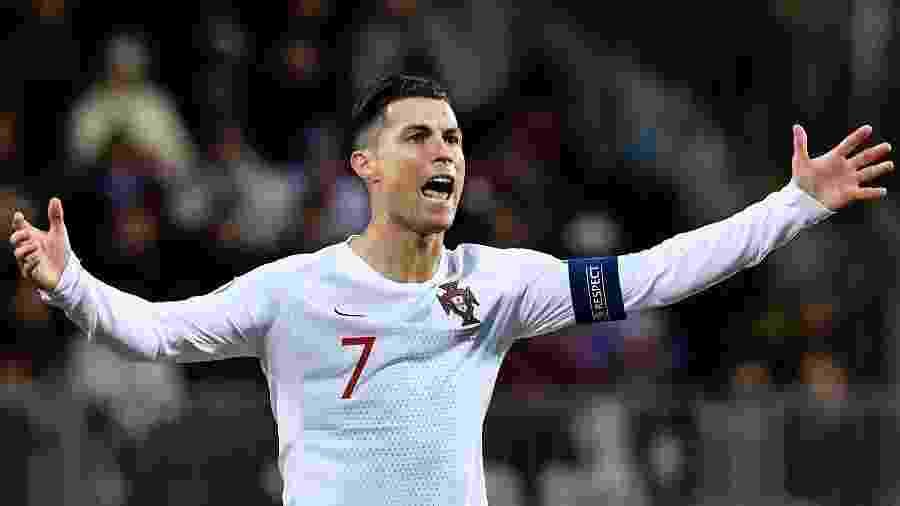 Cristiano Ronaldo marcou seu 99º gol pela seleção portuguesa em Luxemburgo - JOHN THYS / AFP