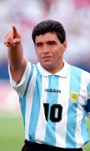Diego Maradona com a camisa da selação argentina na Copa de 1994