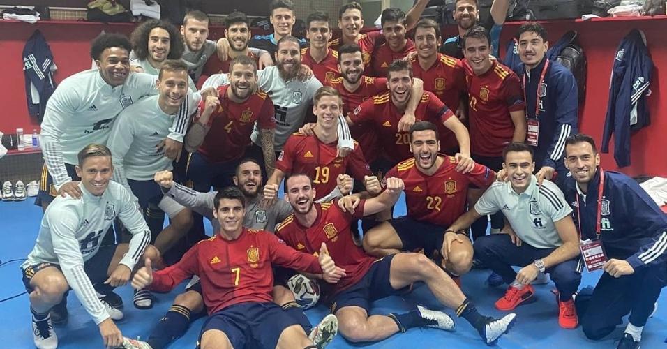 Seleção da Espanha após vitória na Liga das Nações