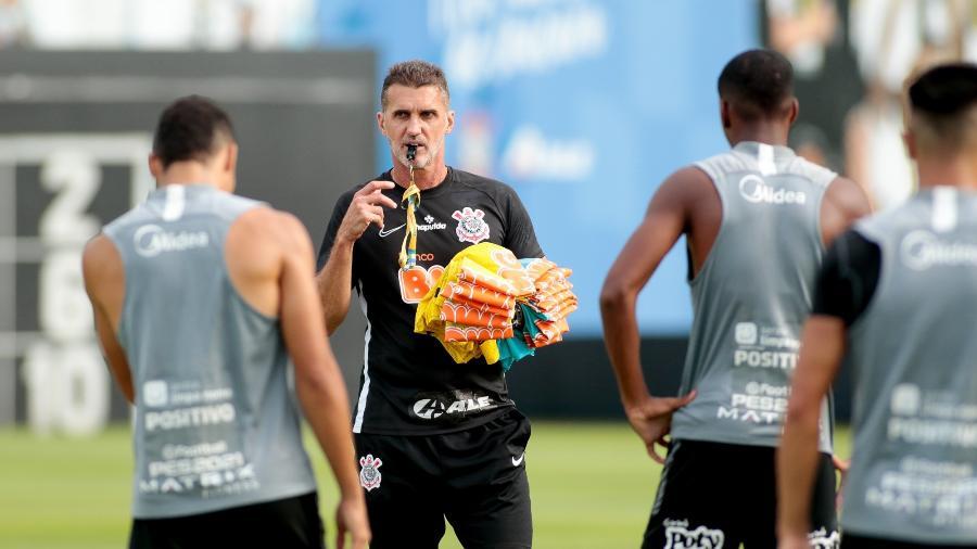Mancini tem uma série de desfalques para escalar o Corinthians contra o Palmeiras  - Rodrigo Coca/ Ag. Corinthians