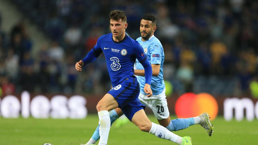 Mason Mount, do Chelsea, carrega bola em final da Champions - Simon Stacpoole/Offside/Offside via Getty Images