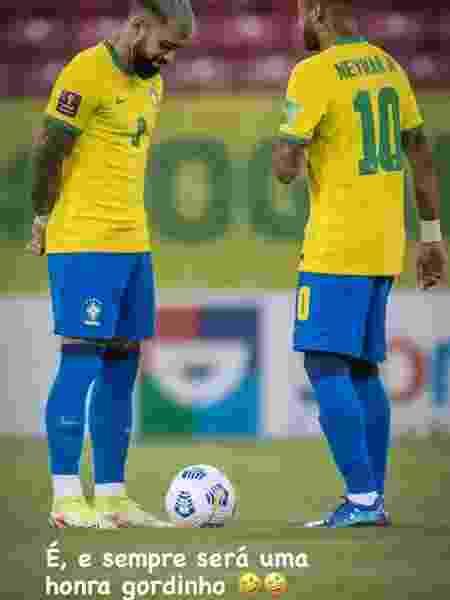 Gabigol publicou foto ao lado de Neymar e ironizou críticas sobre físico do companheiro - Reprodução/Instagram - Reprodução/Instagram