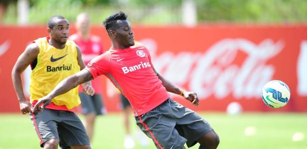 Zagueiro se chocou com Ernando no começo do jogo contra o Santos