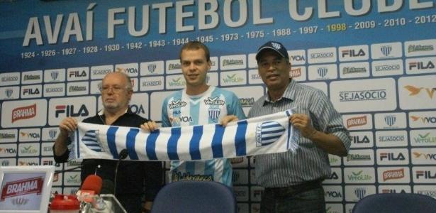 Lucas Coelho é apresentado no Avaí: emprestado pela segunda vez pelo Grêmio