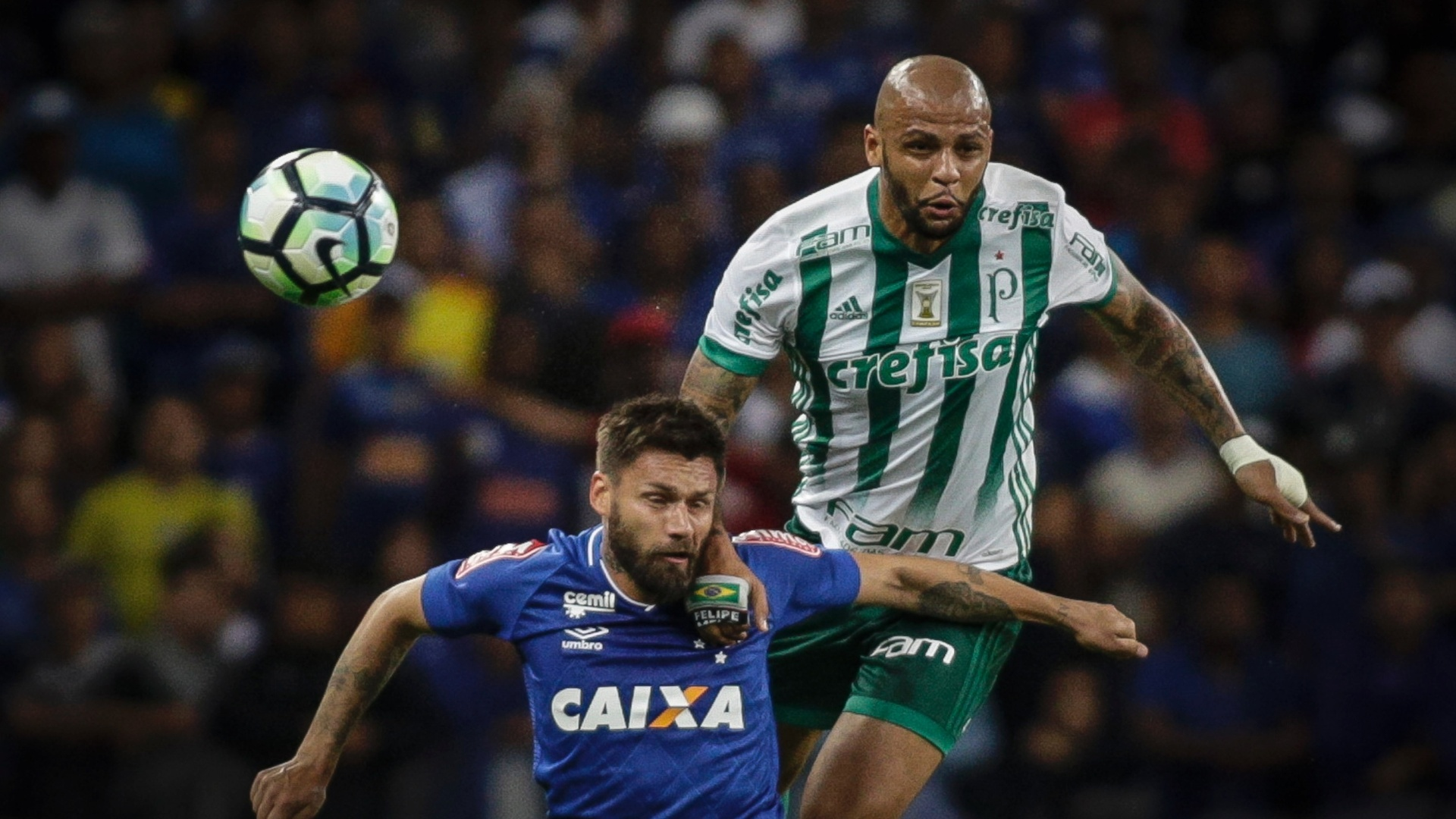 Felipe Melo, jogador do Palmeiras e Rafael Sobis, Cruzeiro em jogo da Copa do Brasil