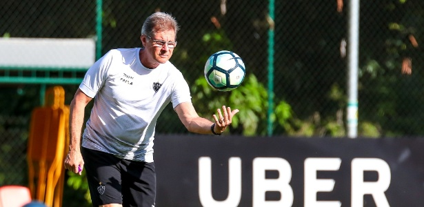 Em dois meses de Galo, estilo de Oswaldo de Oliveira agradou e ele ficará para 2018 - Bruno Cantini/Atlético-MG