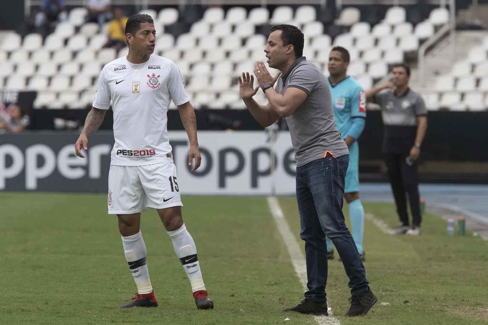 Corinthians flerta com campanha do rebaixamento após 25ª derrota em 2018 -  05 11 2018 - UOL Esporte 95b94ab4c62c3