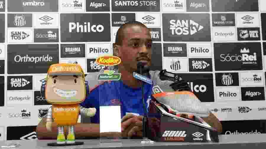 Luiz Felipe, do Santos, concede entrevista coletiva no CT Rei Pelé - UOL