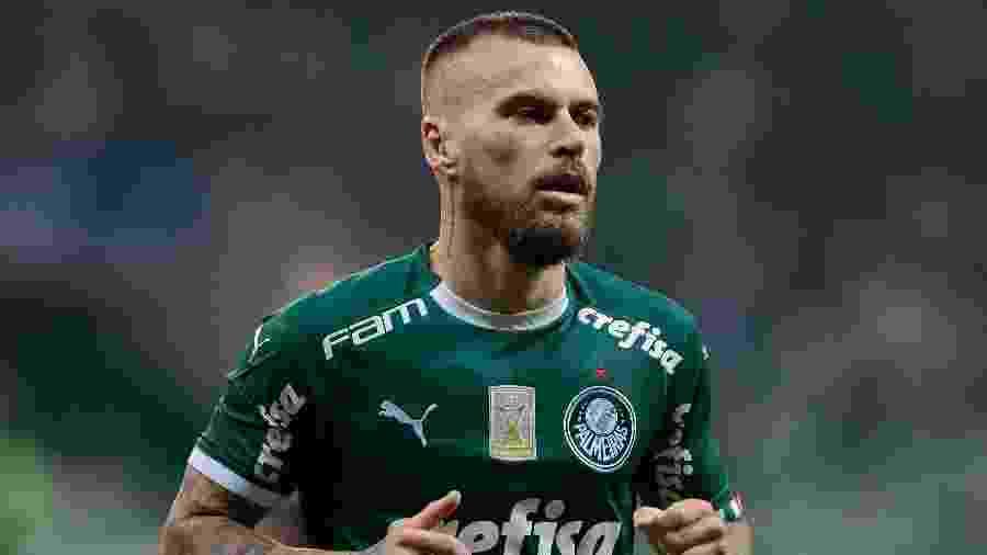 Lucas Lima em ação com a camisa do Palmeiras - Marcello Zambrana/AGIF