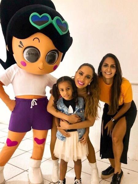 Adriano Imperador posta foto de filha com Anitta - Reprodução/Instagram