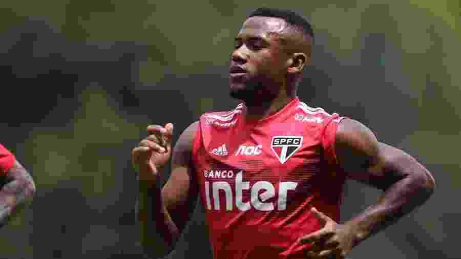 Luan, volante do São Paulo, recupera condição de titular com Fernando Diniz - Rubens Chiri/saopaulofc.net