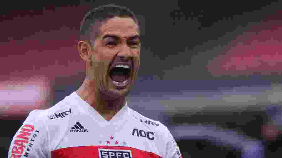 Alexandre Pato deixou o São Paulo no mês passado, depois de uma rescisão de contrato - Daniel Vorley/AGIF