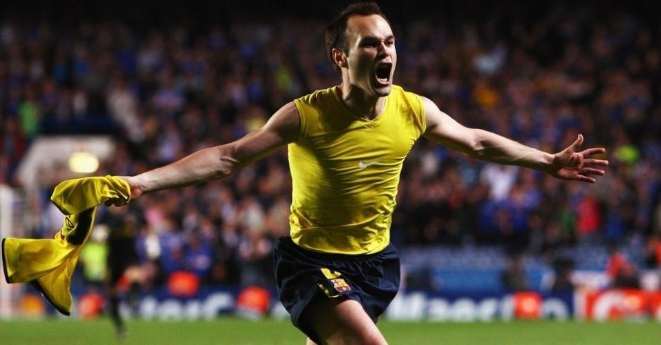 Iniesta comemorando gol contra o Chelsea na semifinal da Champions