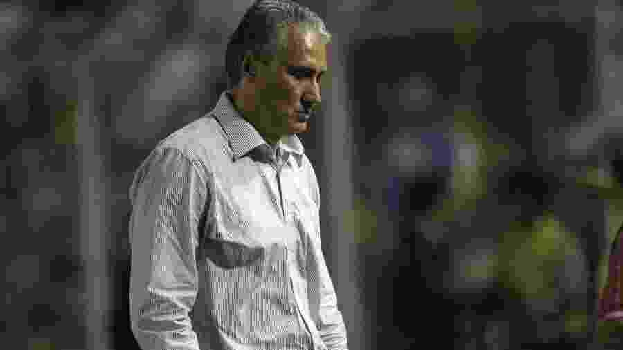 Técnico Tite reage durante eliminação do Corinthians para o Tolima, em 2011, na Colômbia - Felipe Caicedo/LatinContent