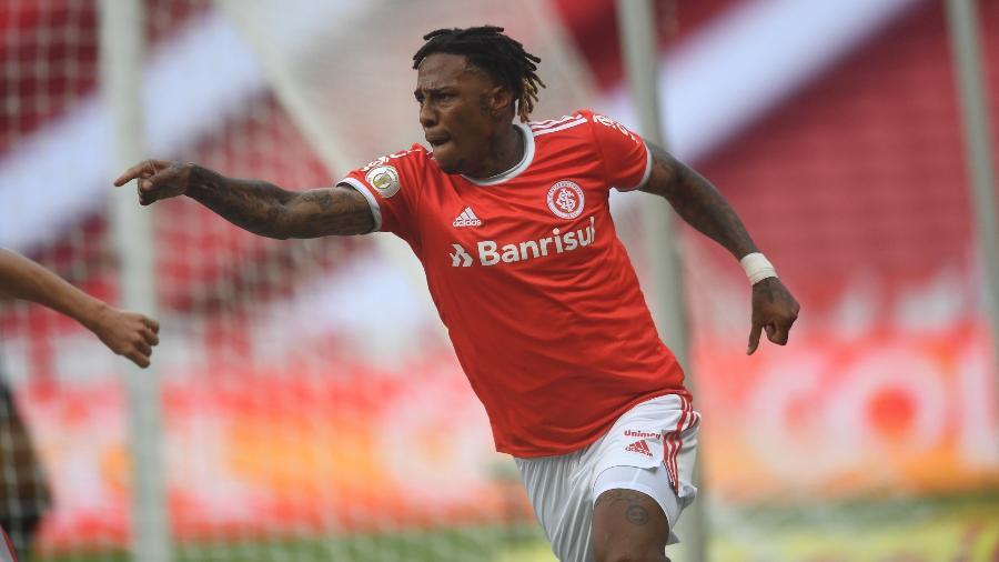Abel Hernández está a mira de dois clubes brasileiros e situação será debatida com Inter - Ricardo Duarte/Inter