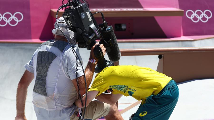 """Kieran Woolley """"atropela"""" câmera nas Olimpíadas  - REUTERS/Mike Blake"""