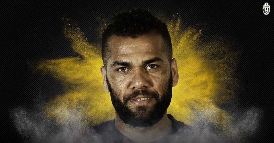 Juventus oficializa contratação de Daniel Alves