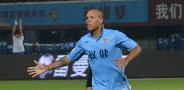 Atacante foi o destaque na goleada por 5 a 1 sobre o Qingdao Huanghai