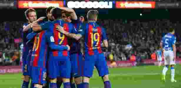 Jogadores do Barcelona comemoram gol sobre o Leganés - Albert Gea/Reuters - Albert Gea/Reuters