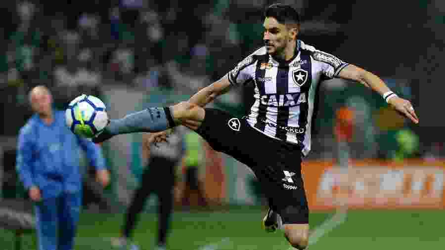 O contrato do atacante Rodrigo Pimpão com o Botafogo termina em dezembro deste ano - Daniel Vorley/AGIF