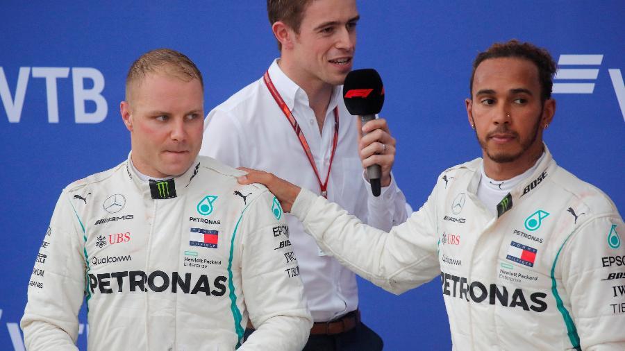 Bottas e Hamilton em entrevista pós-GP da Rússia - Maxim Shemetov/Reuters
