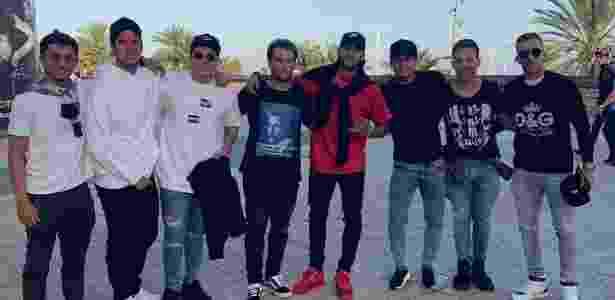 """Neymar posta ao lado de Arthur, Gabriel Medina e amigos: """"bondão"""" - Reprodução/Instagram - Reprodução/Instagram"""
