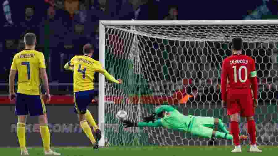 Suécia venceu a Turquia por 1 a 0, com gol de pênalti de Granqvist - Murad Sezer/Reuters