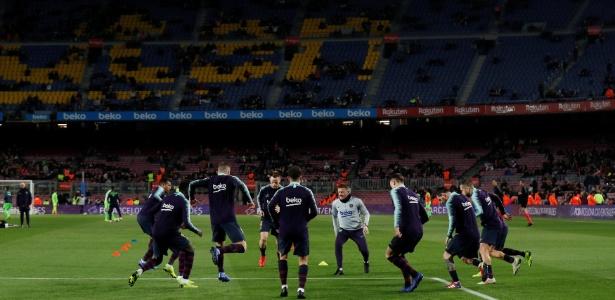 Camp Nou teve o pior público da temporada no jogo contra o Levante - Albert Gea/Reuters