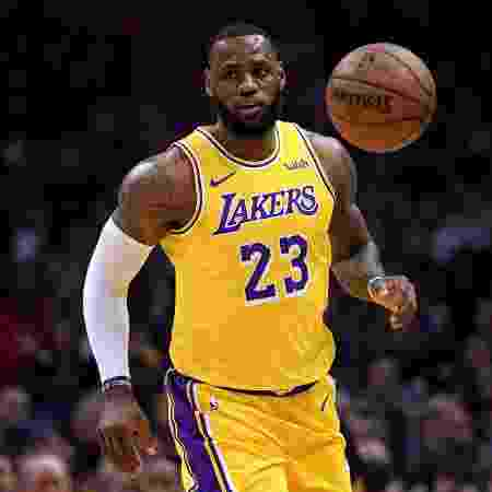 LeBron James voltou ao time do Los Angeles Lakers na partida contra o Los Angeles Clippers - Harry How/Getty Images/AFP