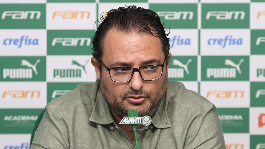 Dirigente disse que nunca proibiu o jogador de entrar nas dependências do Palmeiras - Cesar Greco/Palmeiras/Divulgação