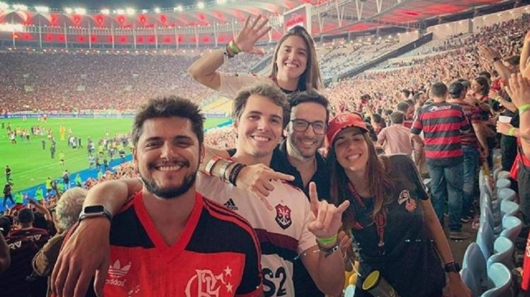 Bruno Gissoni e amigos no Maracanã - Reprodução/Instagram