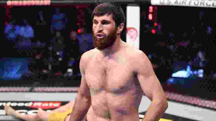Magomed Ankalaev venceu Ion Cutelaba no UFC 254 - Josh Hedges/Zuffa LLC via Getty Images