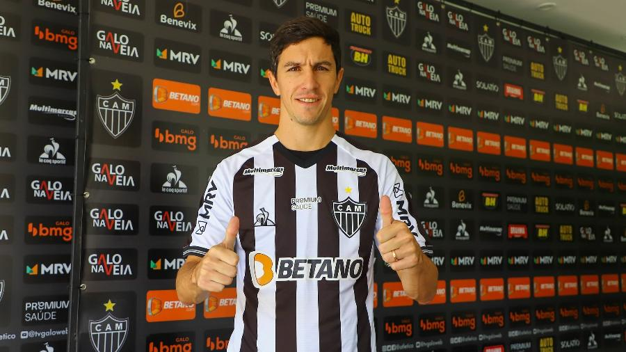 Reforço de peso, meia argentina se junta a Hulk e Dodô, que já haviam sido apresentados como contratações do Galo - Pedro Souza/Atlético-MG