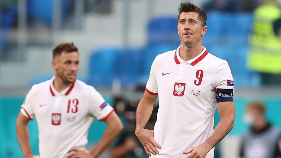 Lewandowski lamenta gol marcado por Skriniar, da Eslováquia, durante estreia da Polônia na Eurocopa - Lars Baron/Getty Images