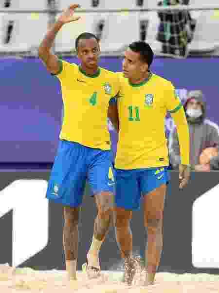 Catarino e Mauricinho pela Seleção Brasileira de Beach Soccer: dupla do Vasco da Gama - Arquivo Pessoal - Arquivo Pessoal