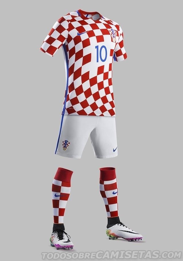 GRUPO D: Croácia (camisa titular, Nike)