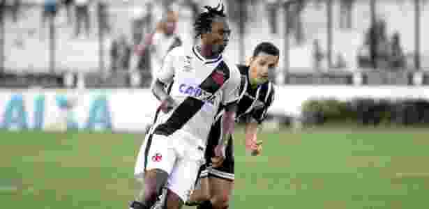 Andrezinho domina bola - Paulo Fernandes/Vasco - Paulo Fernandes/Vasco