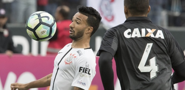 Clayson em ação pelo Corinthians; jogador marcou contra o São Paulo