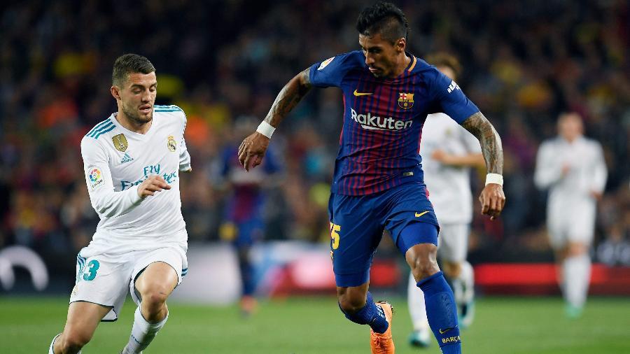 Paulinho durante sua passagem pelo Barcelona - Lluis Gene/AFP